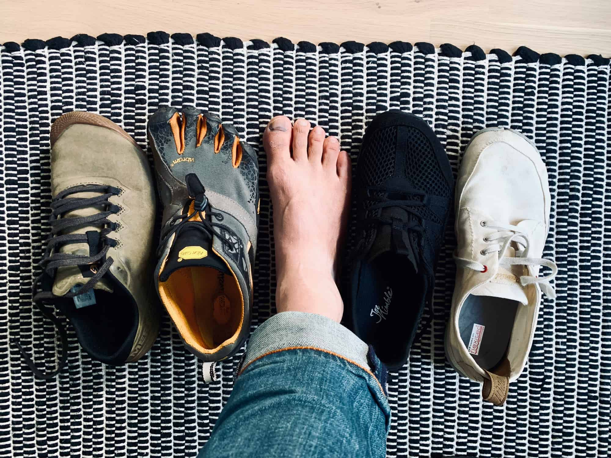 Barefoot shoes vs functional shoes comparison